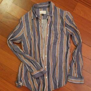 Striped linen button-up